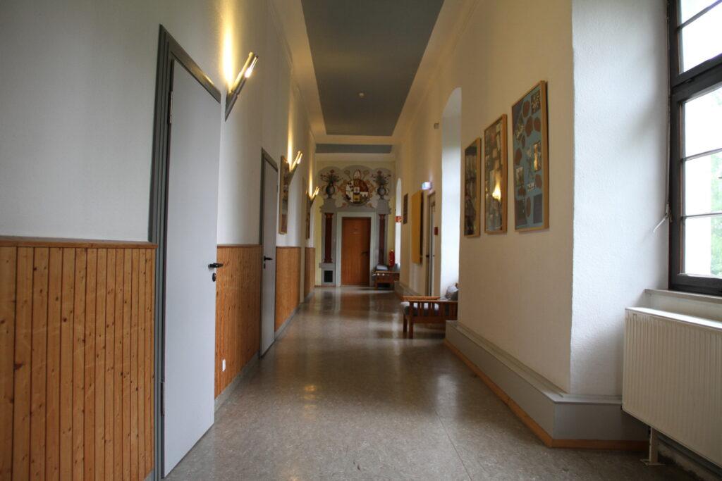 Flur Obergeschoss Schloss Ebersberg
